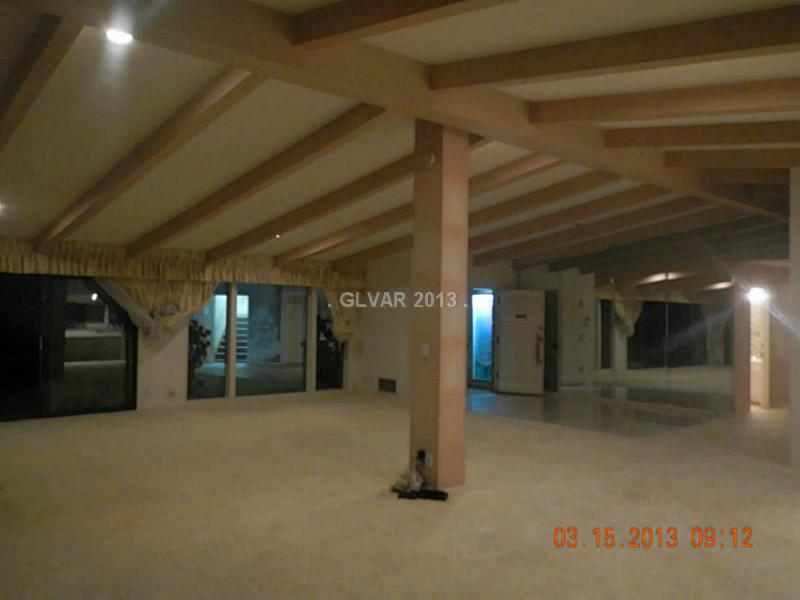 Underground home las vegas-6