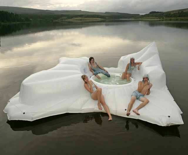 floating hot tub