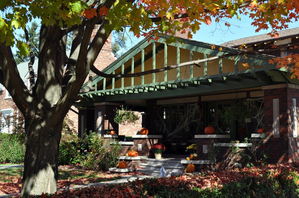 house on halloween