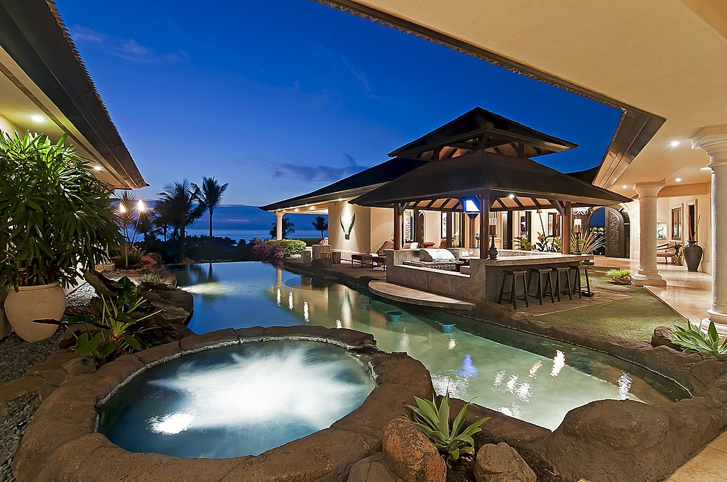 pool bar Hawaii