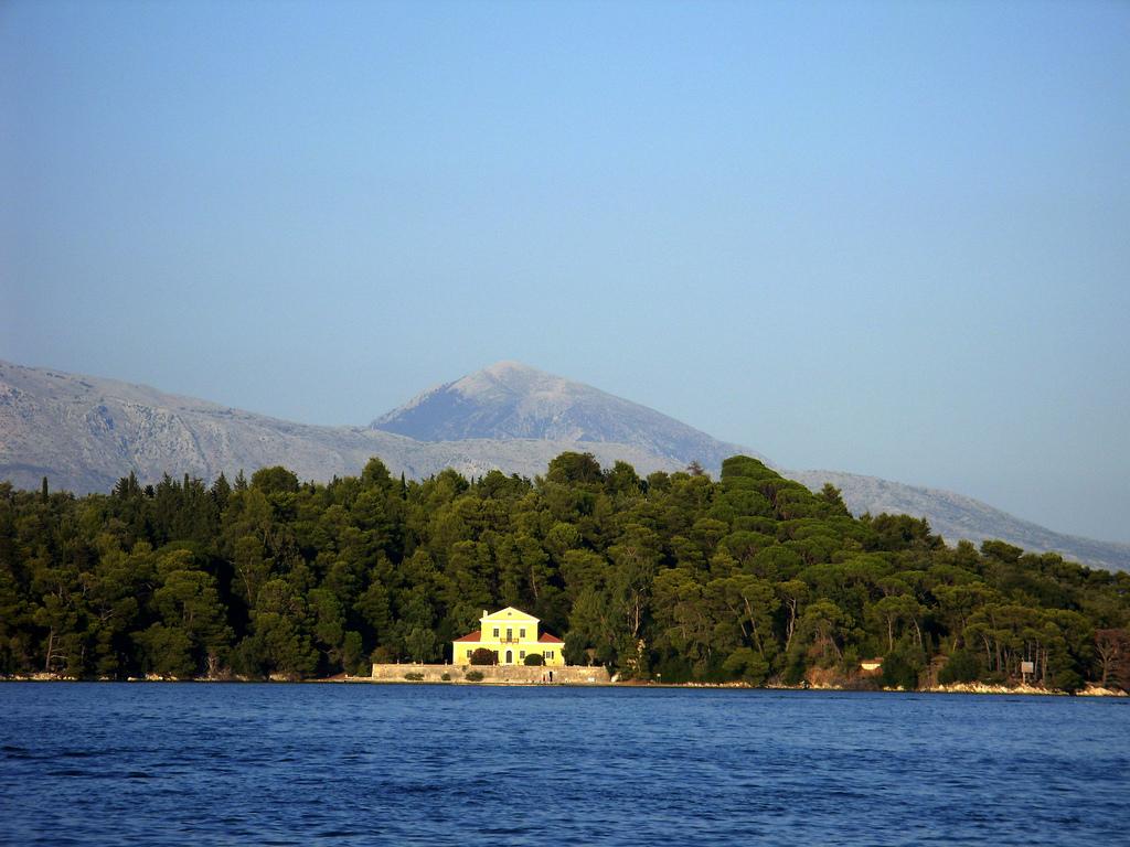skorpios island greece