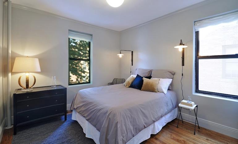 Astoria Lights bedroom