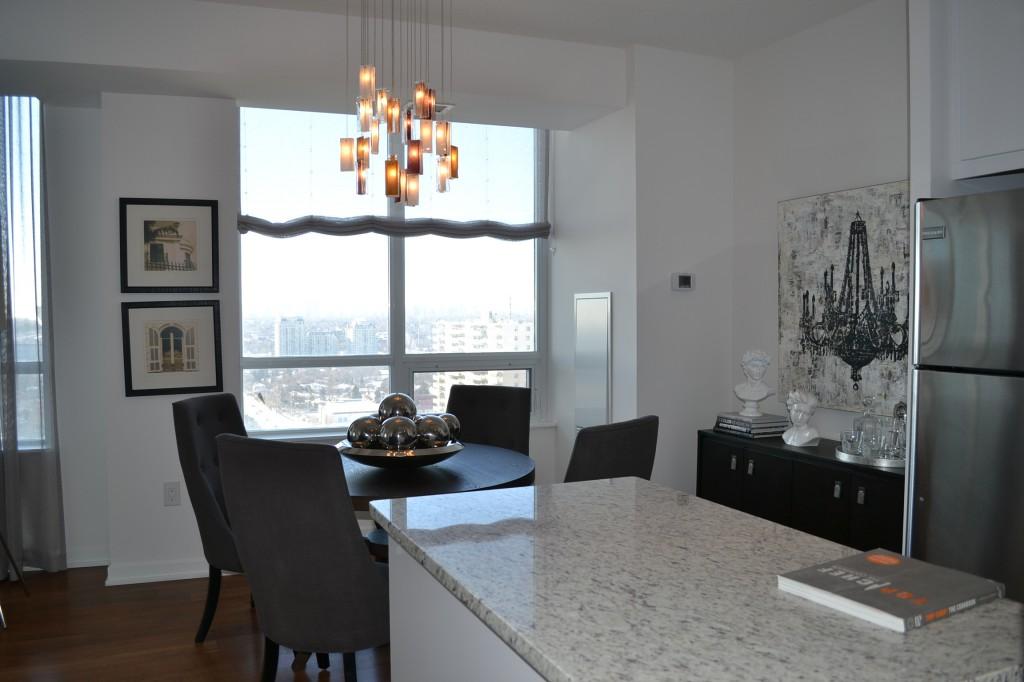 emerald city model suite
