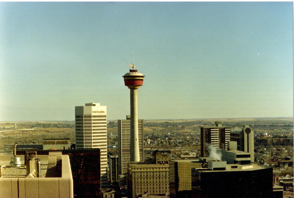 calgary tower 1988