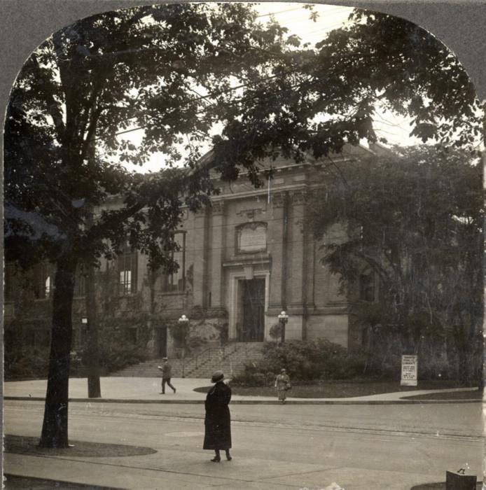 library toronto