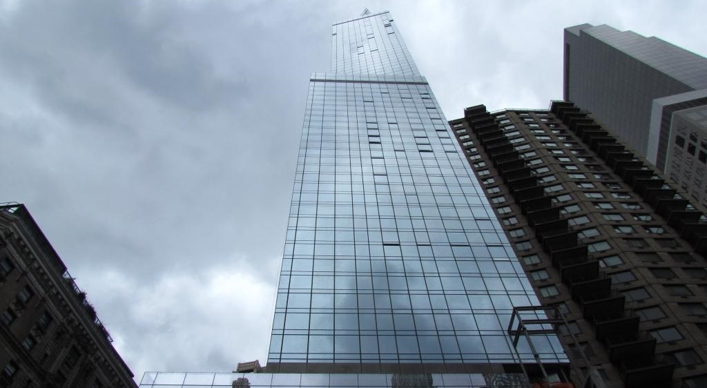 tallest hotel north america