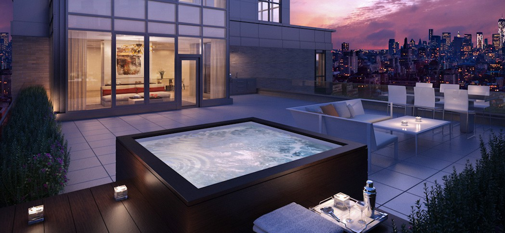 21 West 20th hot tub