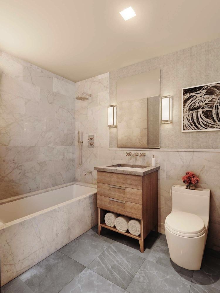 215 Sullivan secondary bath