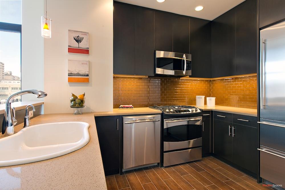 Ivy 28 kitchen