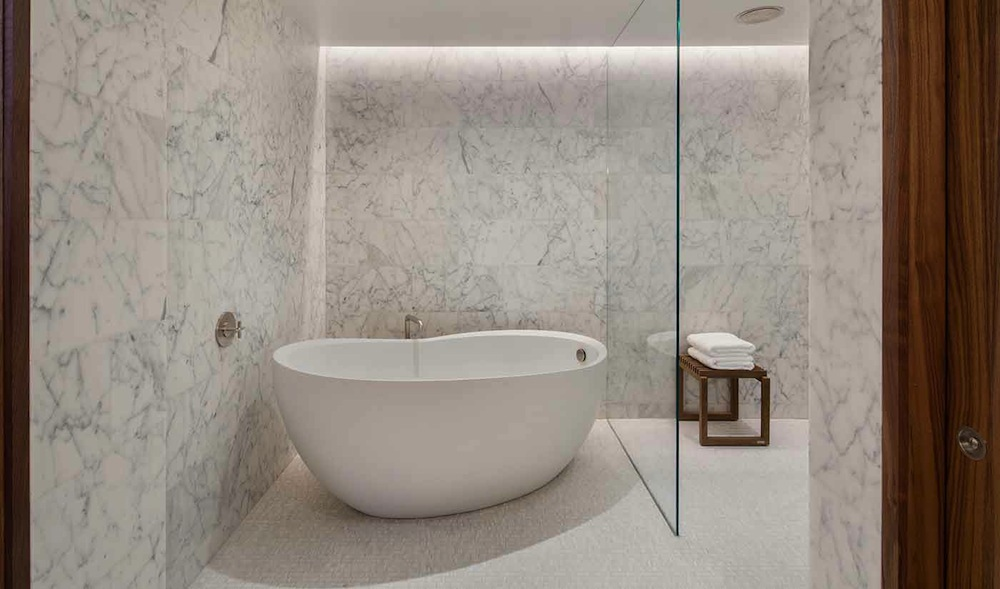 Pierhouse bathtub freestanding