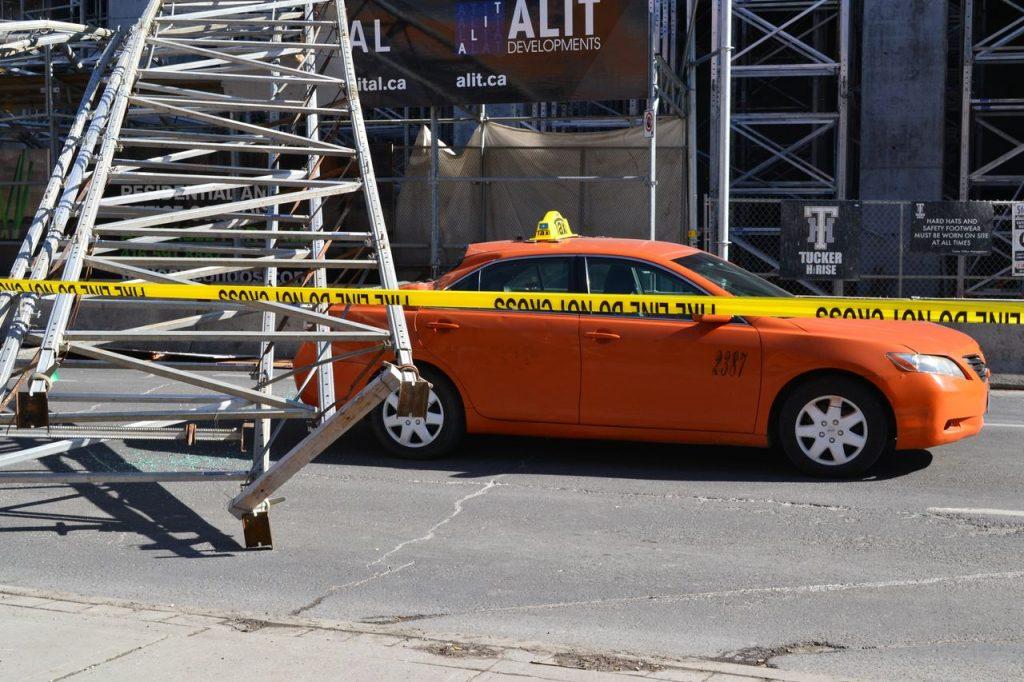 scaffolding fall toronto