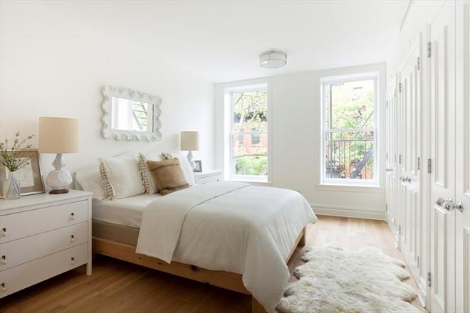 77 Douglass Street bedroom