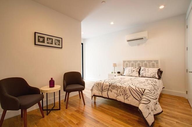 170 Putnam bedroom