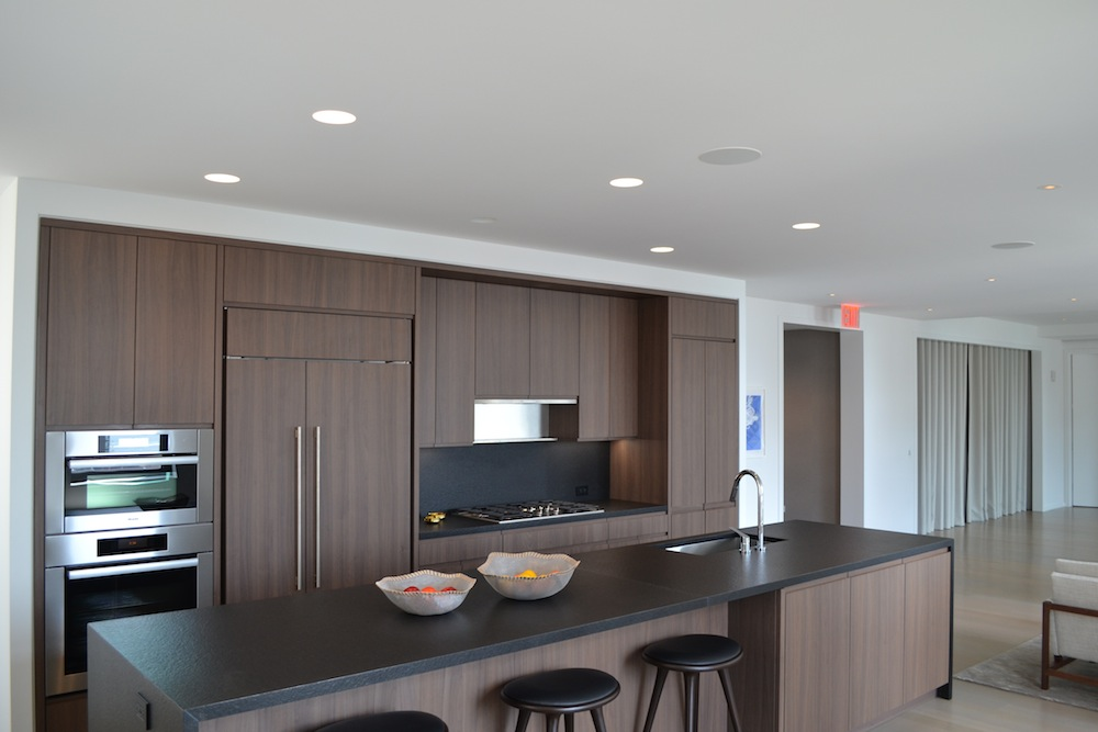 50 West model kitchen