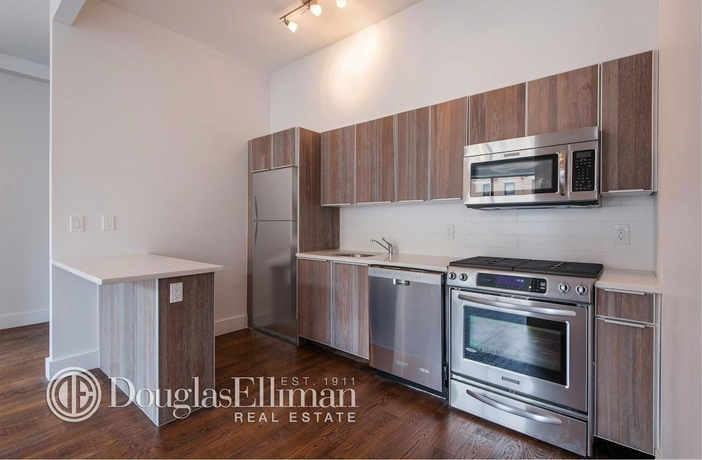 655 Franklin kitchen