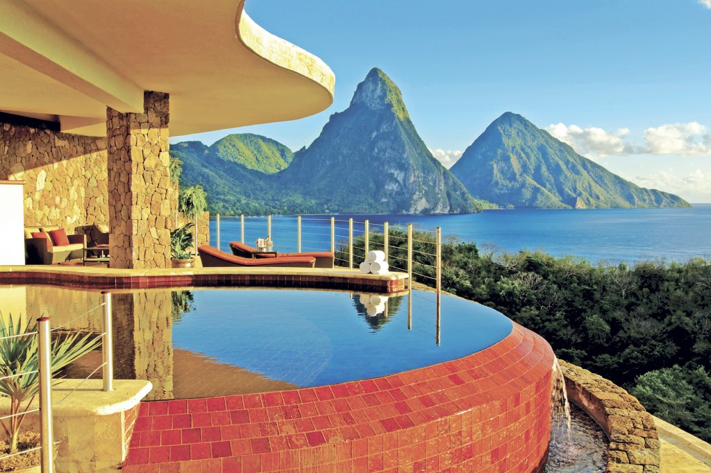Jade Mountain Resort infinity pool-1