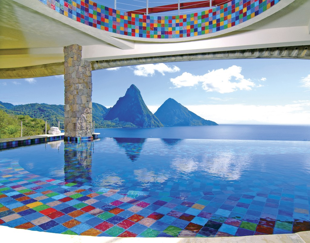Jade Mountain Resort infinity pool