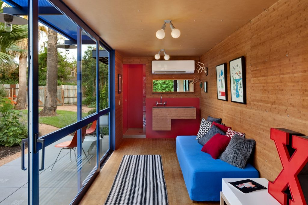 container guest house-2