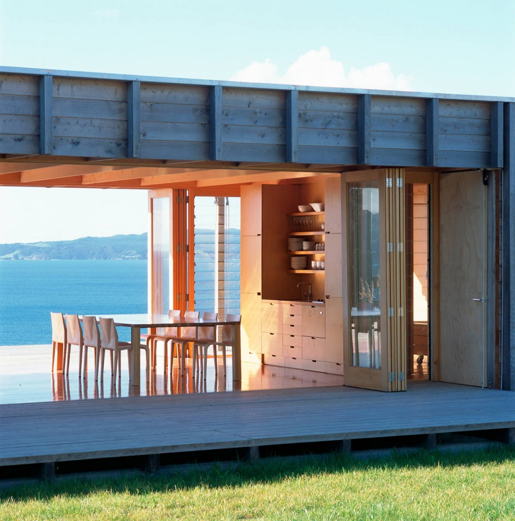 shipping container beach house-2