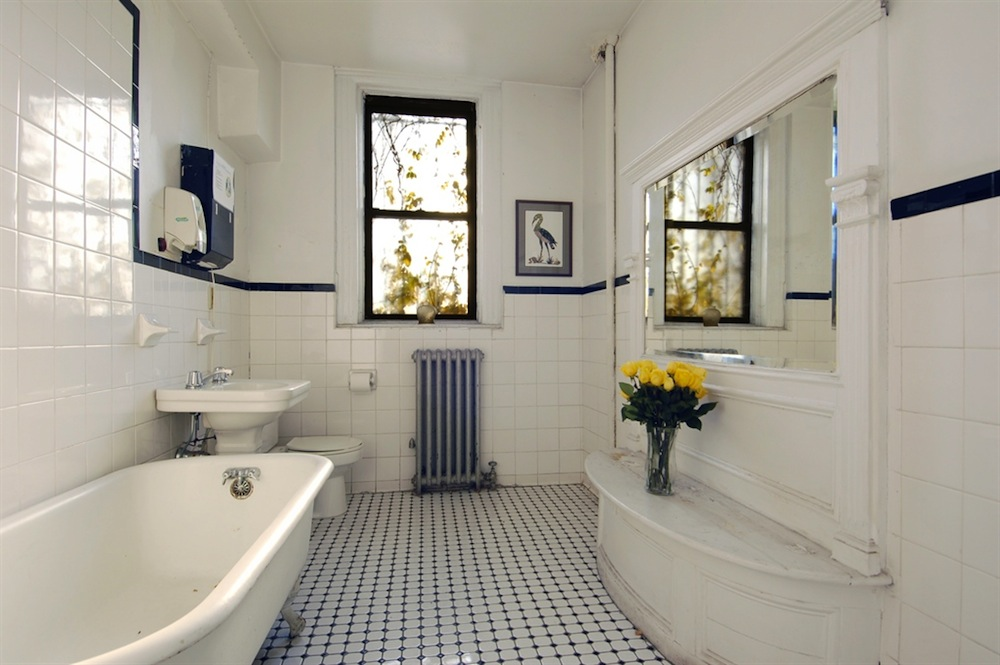 152 West 122nd bathroom