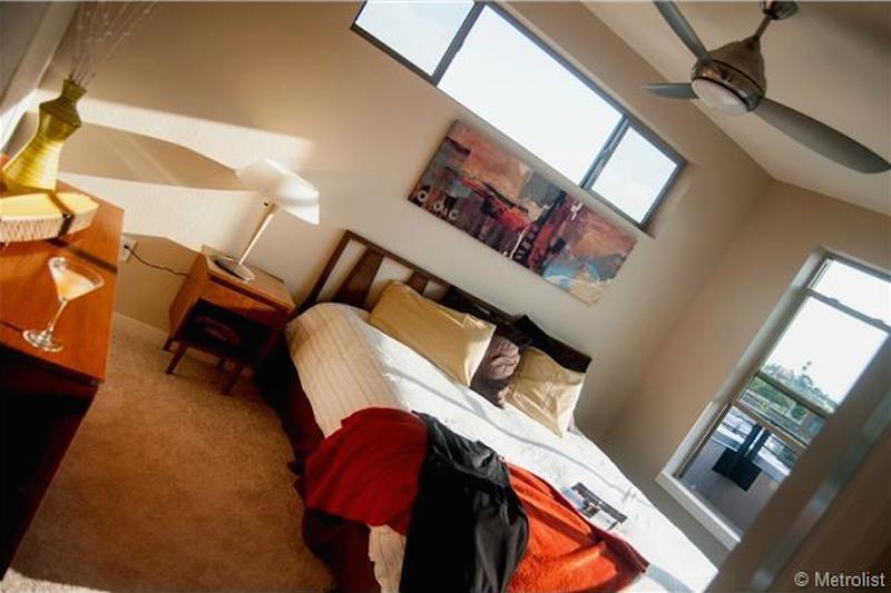 2114 Clay Street bedroom