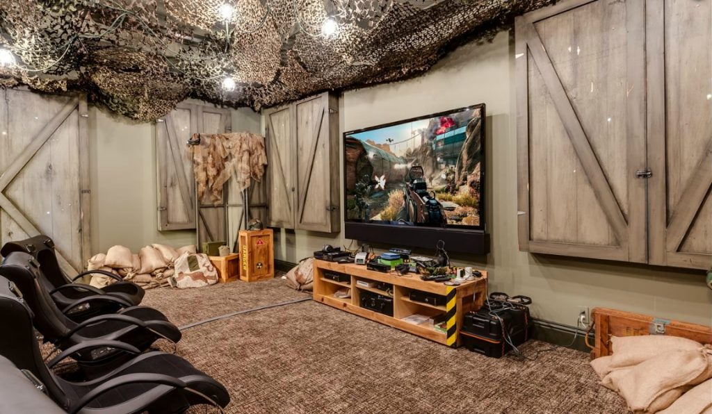 Call of Duty room