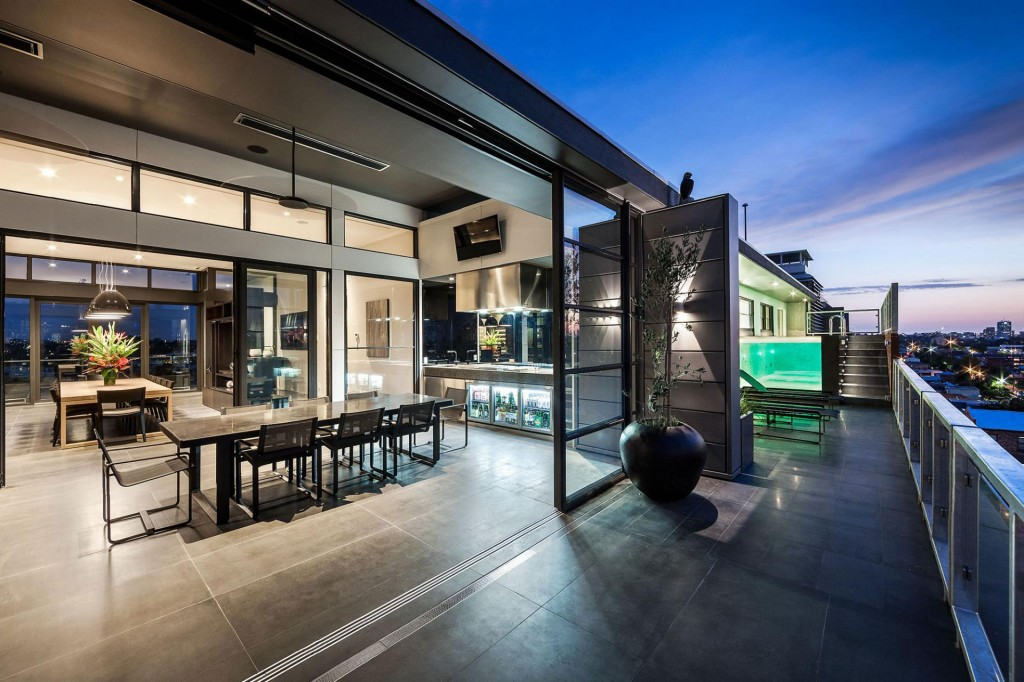 Coppin Street Penthouse