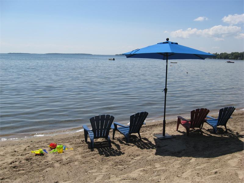 2013_09_16_10_45_36_beach_with_beach_chairs