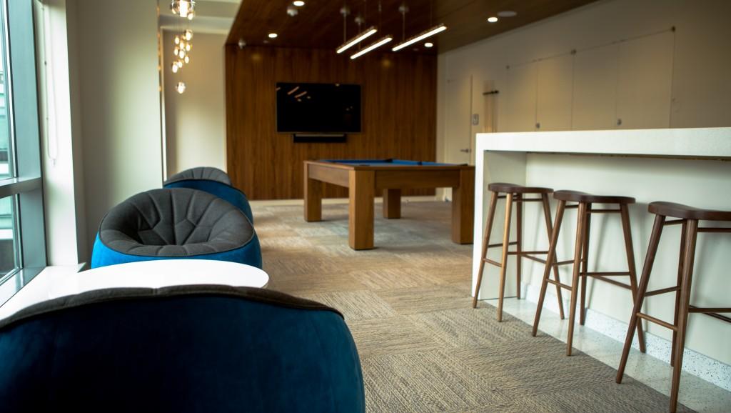 250N10 lounge 2 september