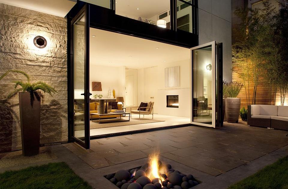 open-concept outdoor living room