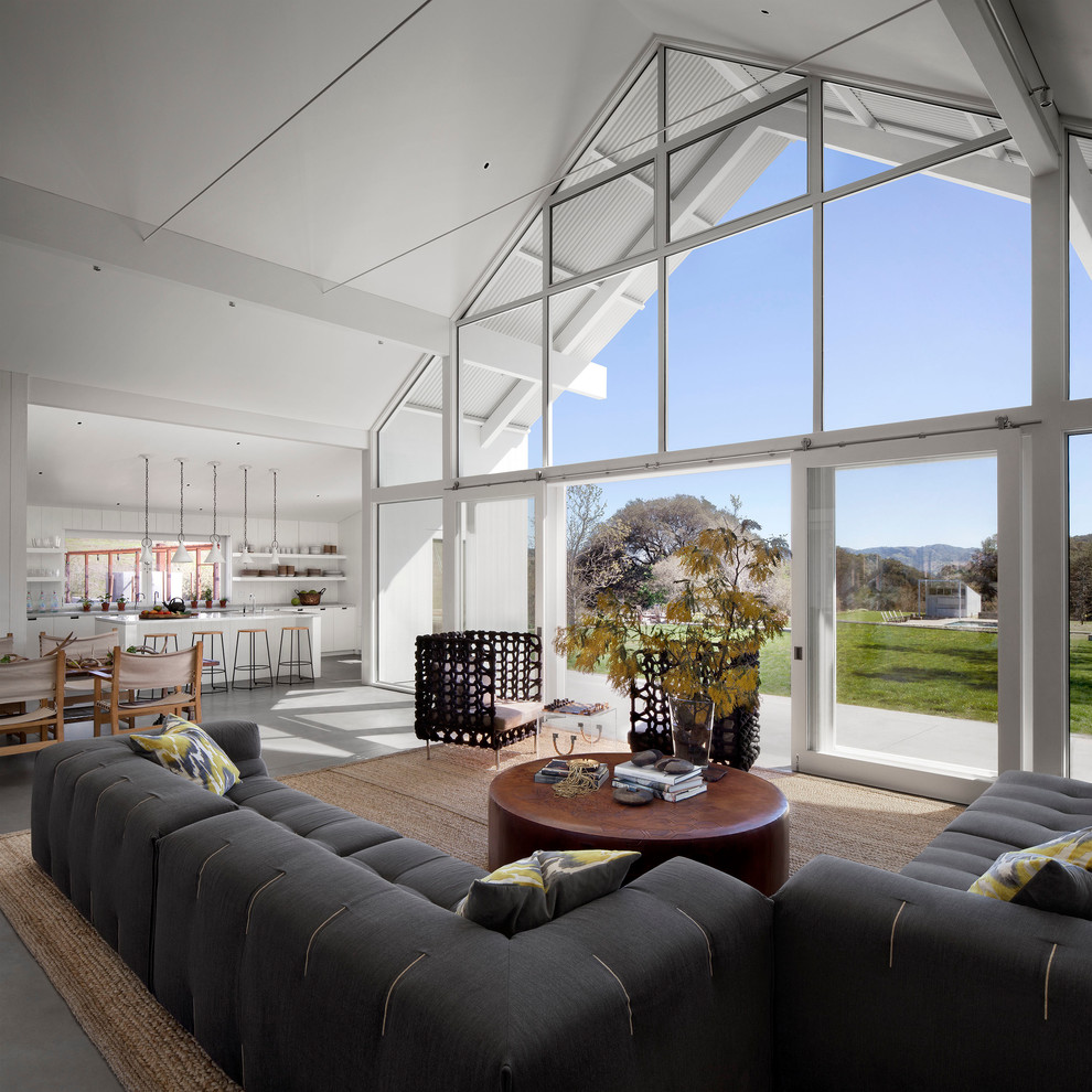 open-concept tall ceiling