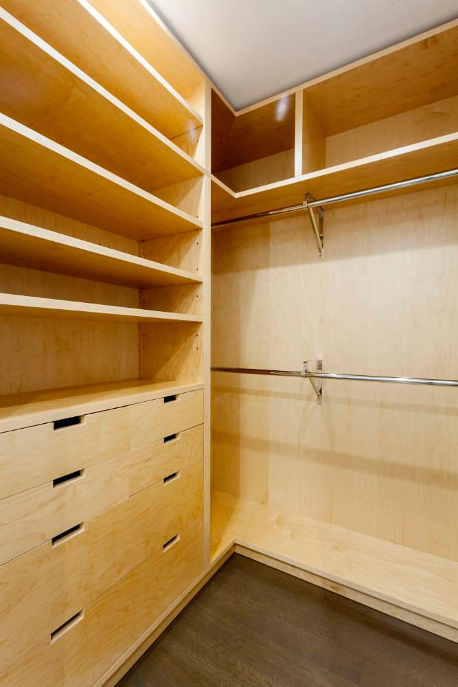 10 Hubert Street closet