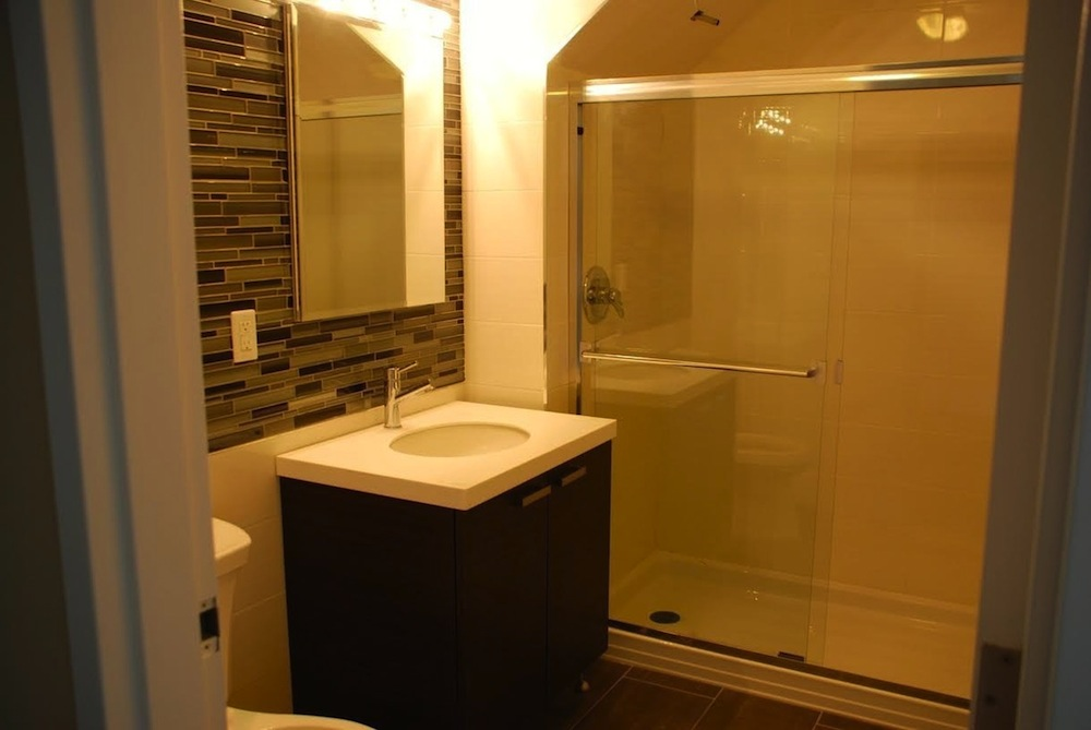 23-88 31st bathroom