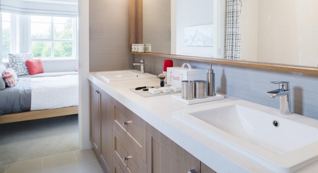 YORK Grouse Series Ensuite Bathroom