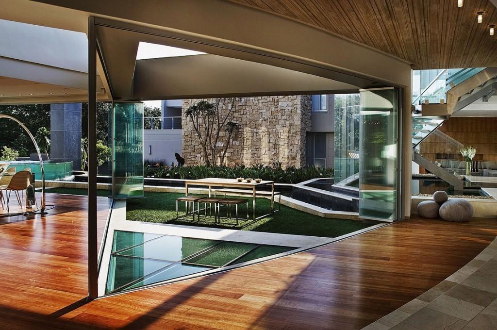 glass house-2