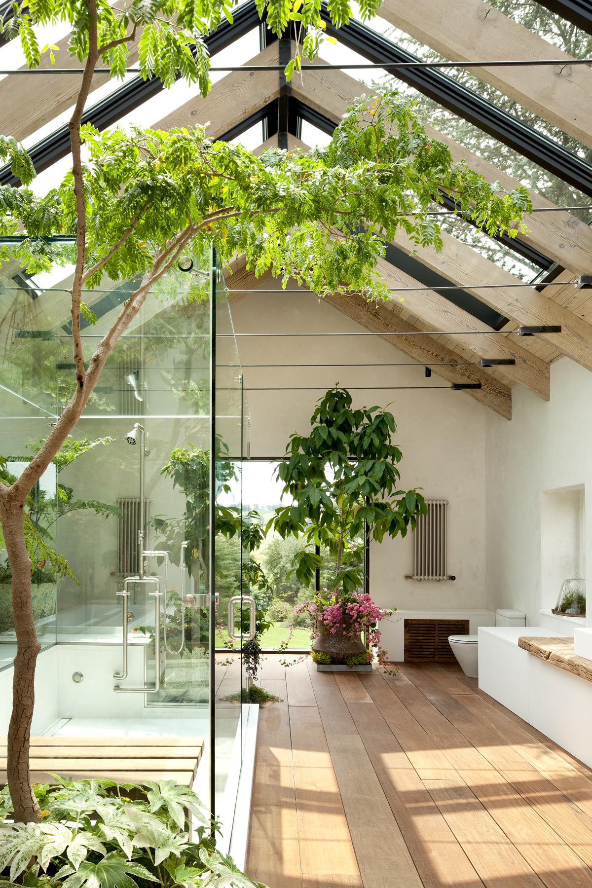 indoor-outdoor-shower1