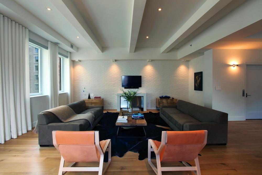 286 Spring living room 1
