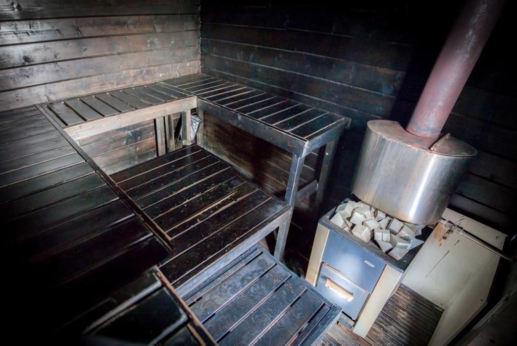 Floating sauna Saunalautta