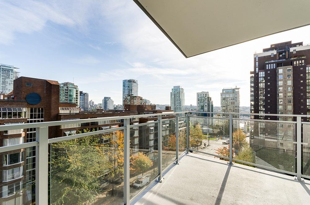 Modern interior Vancouver condos-3