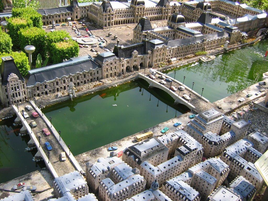 Paris minitiature city-1