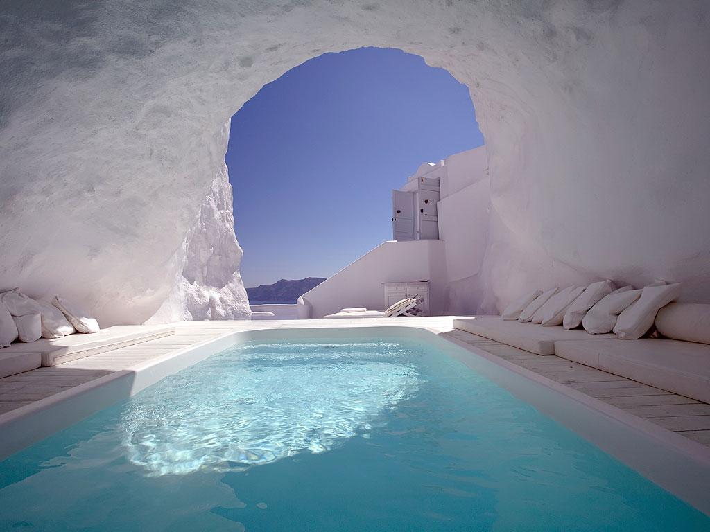 cave hot tub
