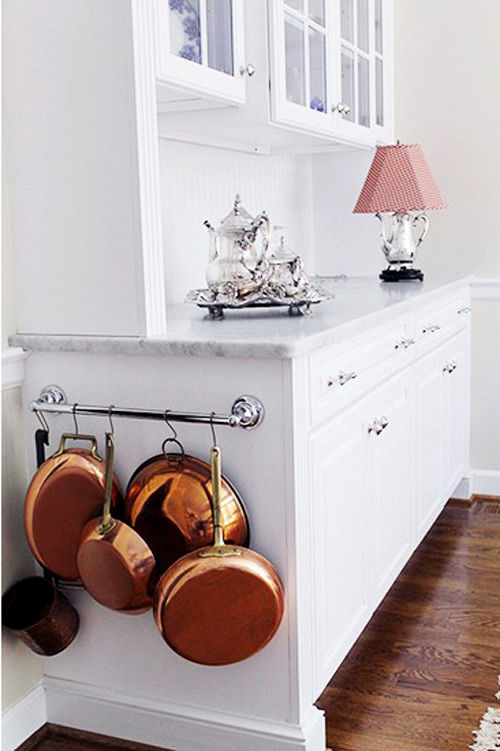 towel rack pots and pans