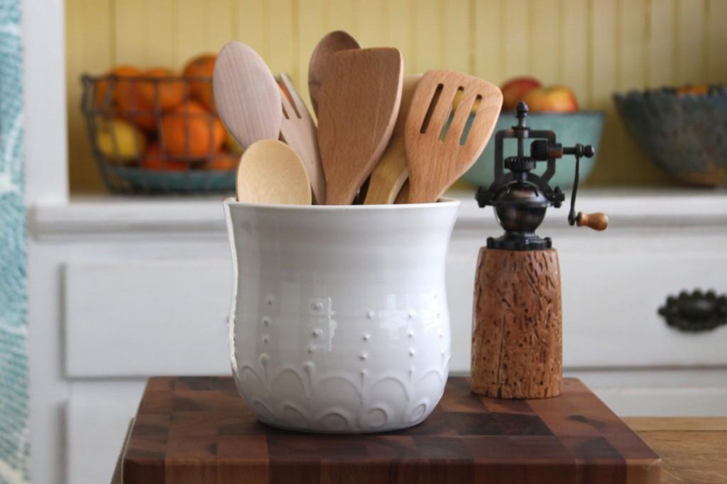utensils vase storage