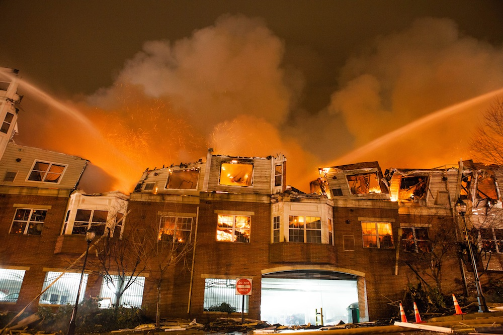 Avalon Edgewater fire by Anthony Quintano