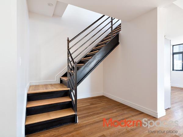 26-20 jackson stairs