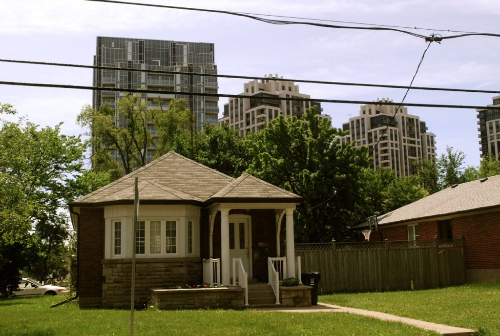 Detached houses toronto