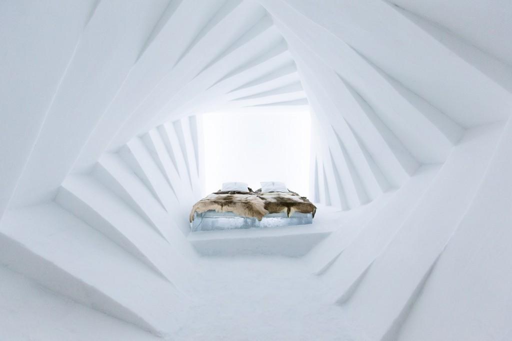 ice hotel suite 1