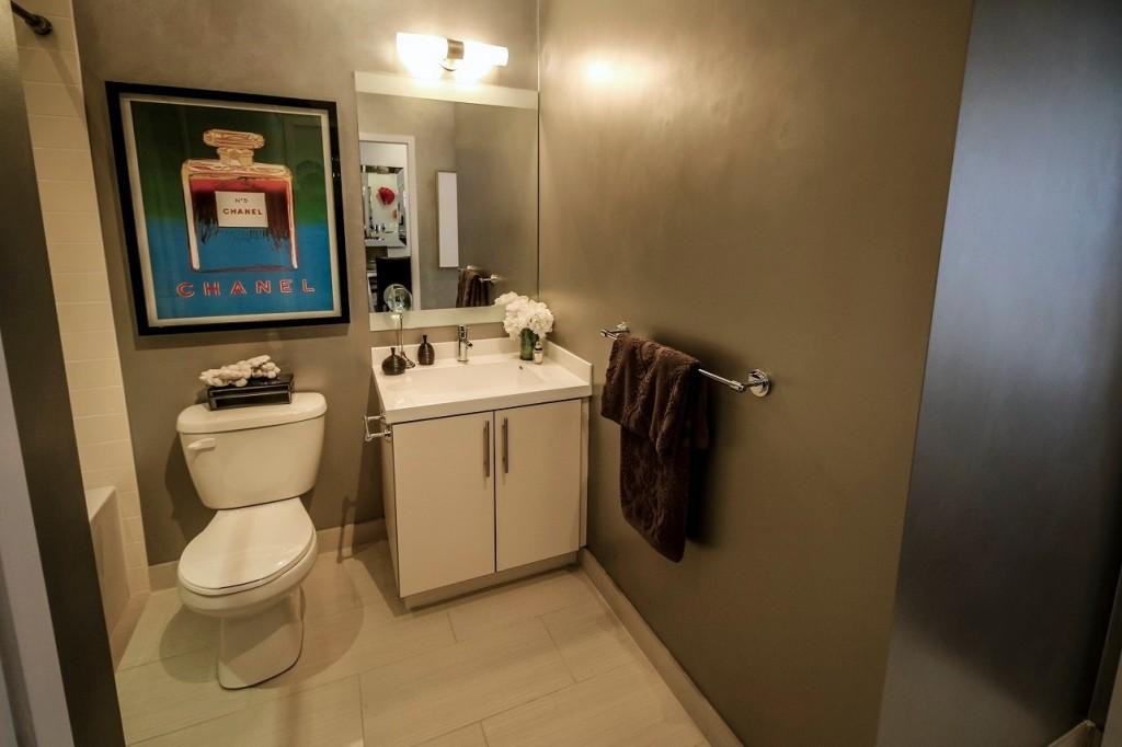 SensesCondos_Bathroom