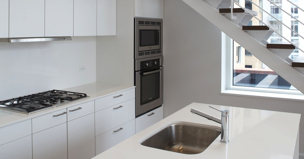84 white street kitchen 1