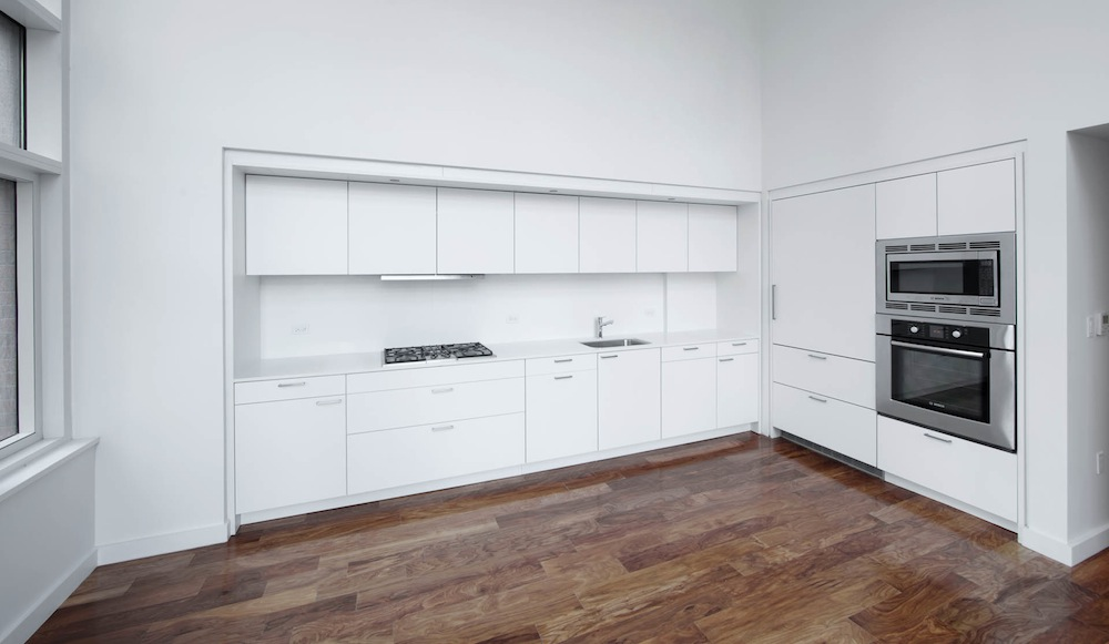 84 white street kitchen 2